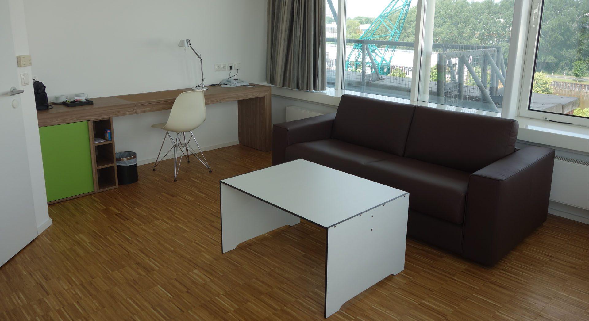 Gewerbearchitektur; Hotel Alte Werft, Hotelzimmer; Innenarchitektur; Suiten; Hotel Papenburg; Möbeldesign