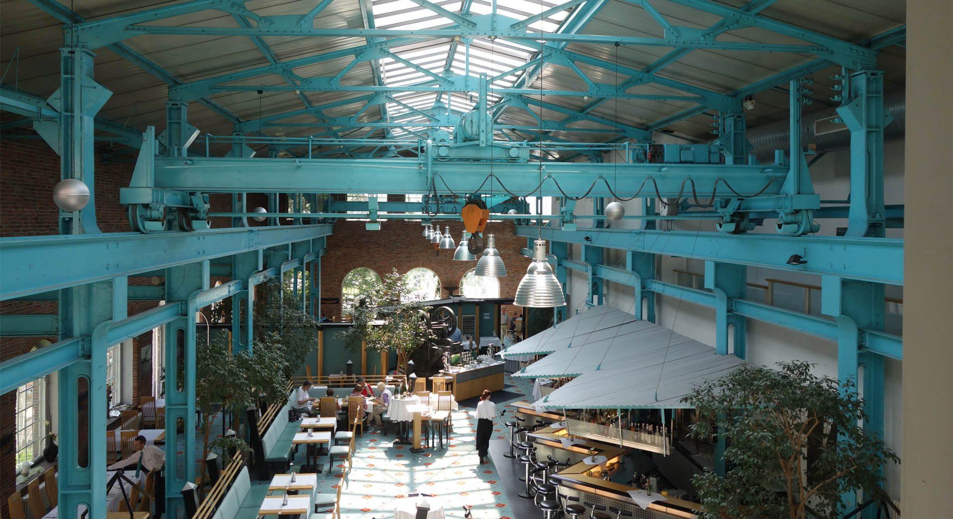 Architektur; Innenarchitektur; Veranstaltung; Lichtkonzept; Empfang; Lobby; Entreé; Theke; Tresen; Lobby; Rezeption; Möbeldesign; Hotel Alte Werft; Restaurant; Bar