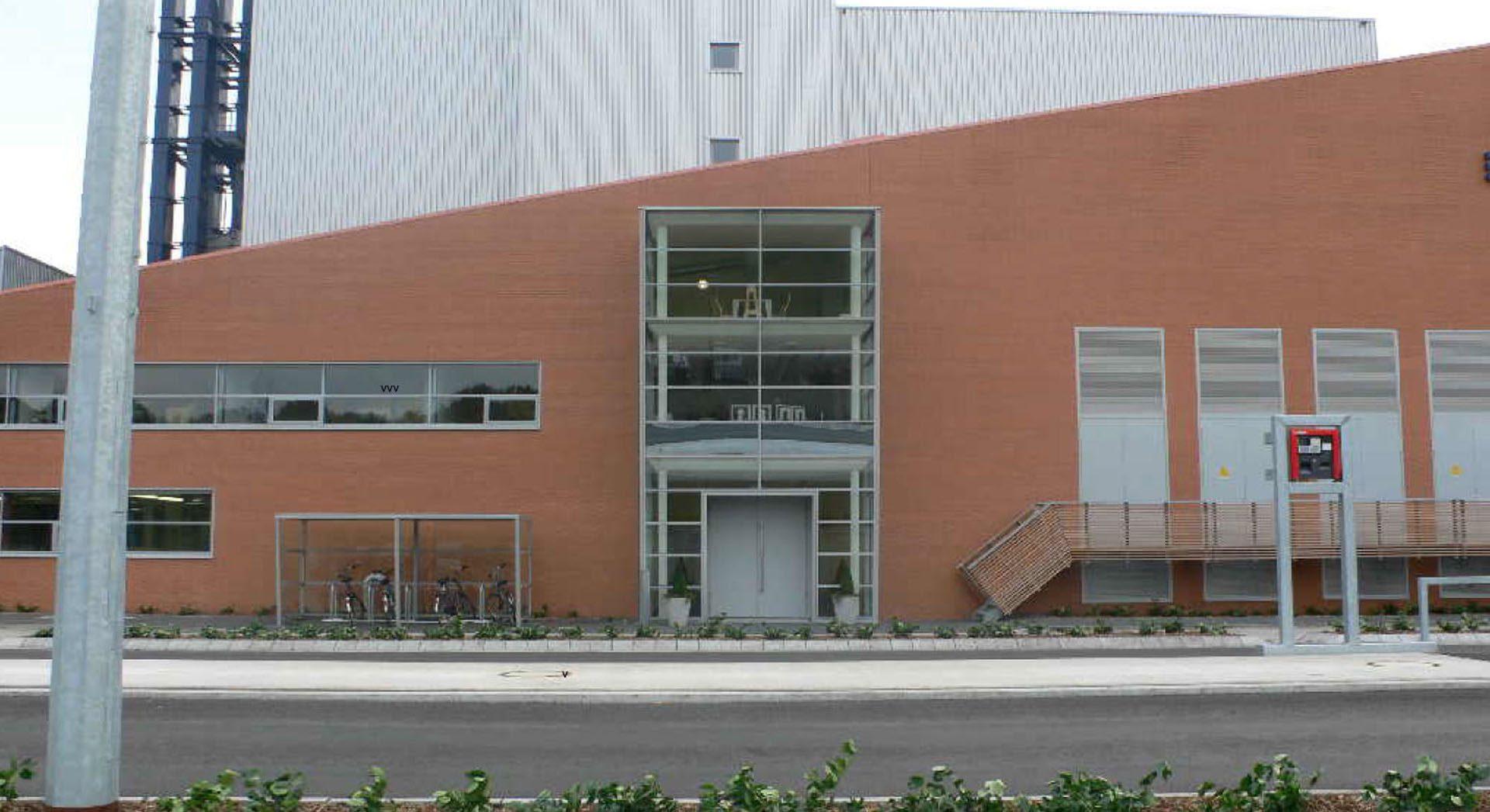 Industriearchitektur; Gewerbearchitektur; Kraftwerk; Emlichheim; Kraftwerk; Ziegelarchitektur; Klinkerarchitektur; Ziegel; Klinker; EBE Holheizkraftwerk;