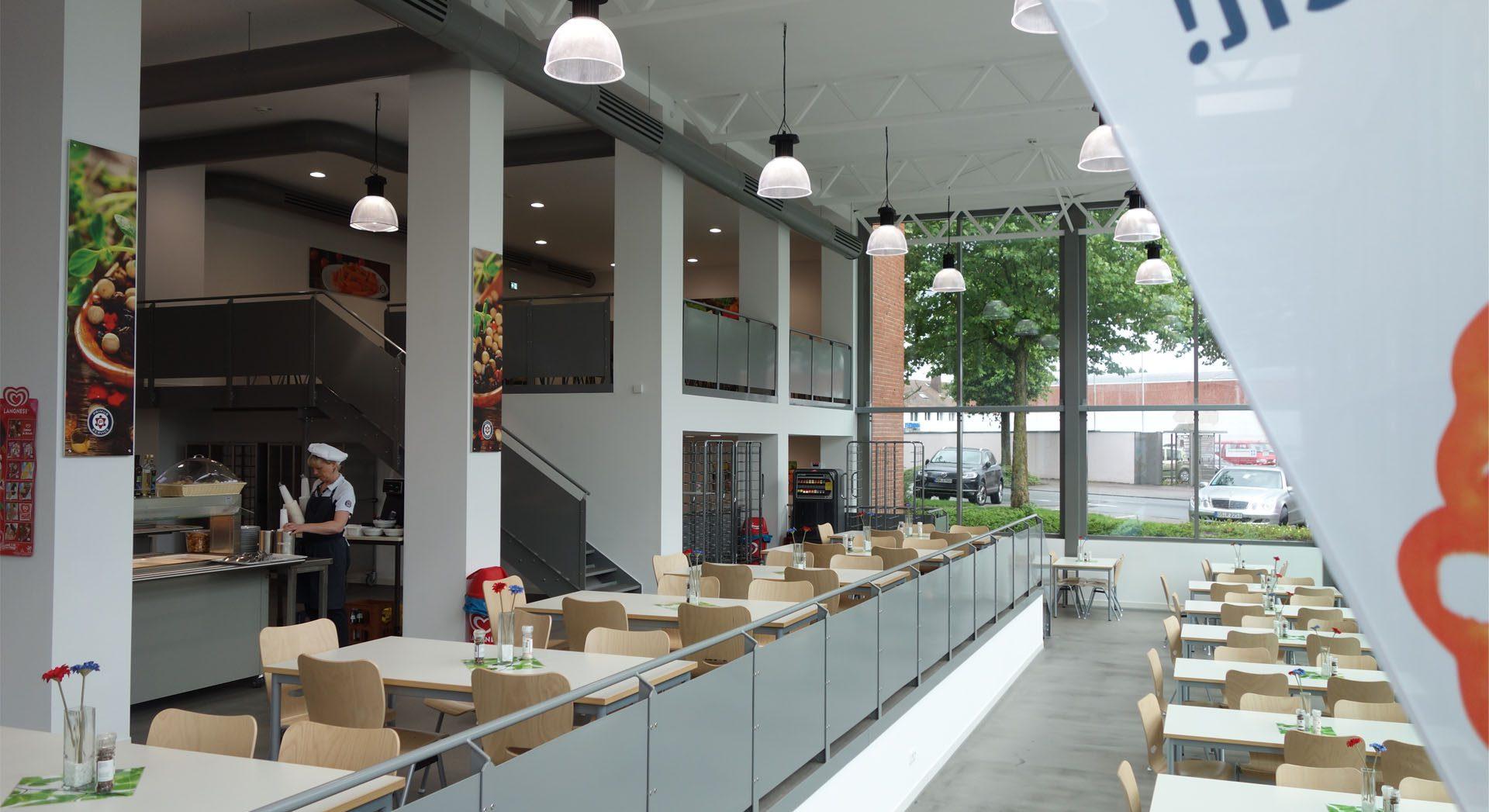 Gewerbearchitektur; Innenarchitektur; Raumgestaltung; Kantine; Casino; Werksrestaurant